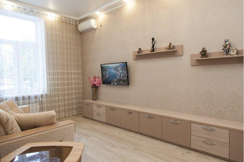 5-комн. квартира, 130 кв.м. на 6 человек, проспект Нахимова, 10, Севастополь - Фотография 4