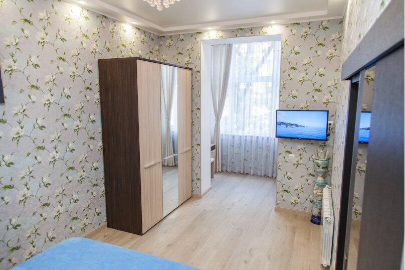 5-комн. квартира, 130 кв.м. на 6 человек, проспект Нахимова, 10, Севастополь - Фотография 11