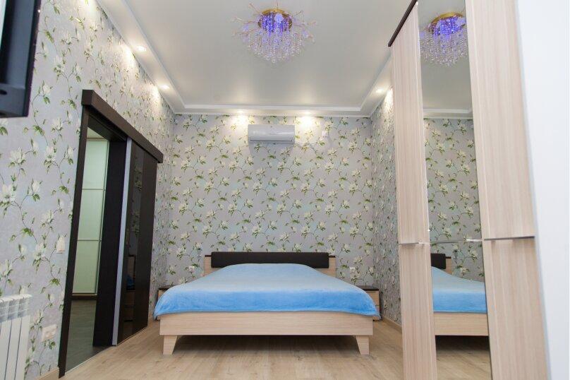 5-комн. квартира, 130 кв.м. на 6 человек, проспект Нахимова, 10, Севастополь - Фотография 13