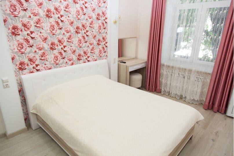 5-комн. квартира, 130 кв.м. на 6 человек, проспект Нахимова, 10, Севастополь - Фотография 21