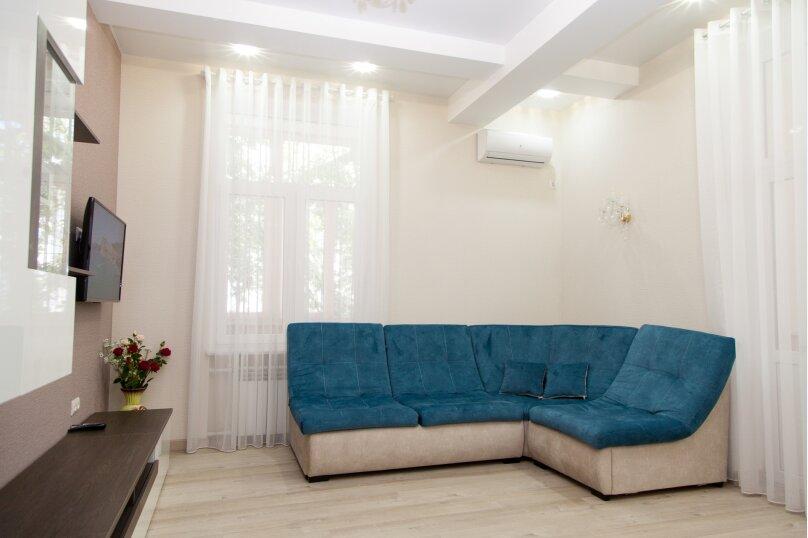 5-комн. квартира, 130 кв.м. на 6 человек, проспект Нахимова, 10, Севастополь - Фотография 34
