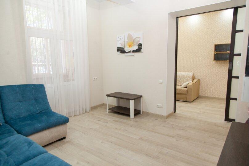 5-комн. квартира, 130 кв.м. на 6 человек, проспект Нахимова, 10, Севастополь - Фотография 36
