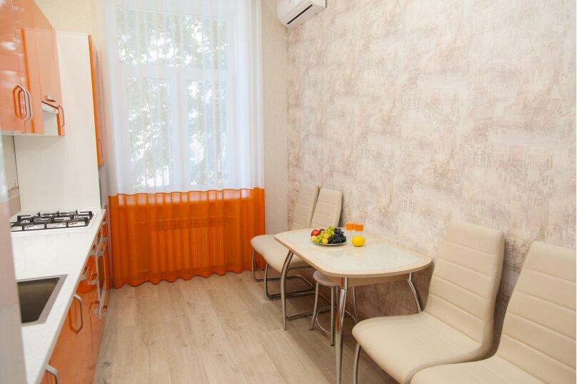5-комн. квартира, 130 кв.м. на 6 человек, проспект Нахимова, 10, Севастополь - Фотография 38