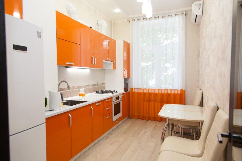 5-комн. квартира, 130 кв.м. на 6 человек, проспект Нахимова, 10, Севастополь - Фотография 40