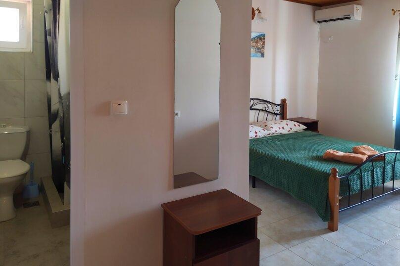 """Гостевой дом """"Одиссей"""", Мирный переулок, 8 на 10 комнат - Фотография 41"""