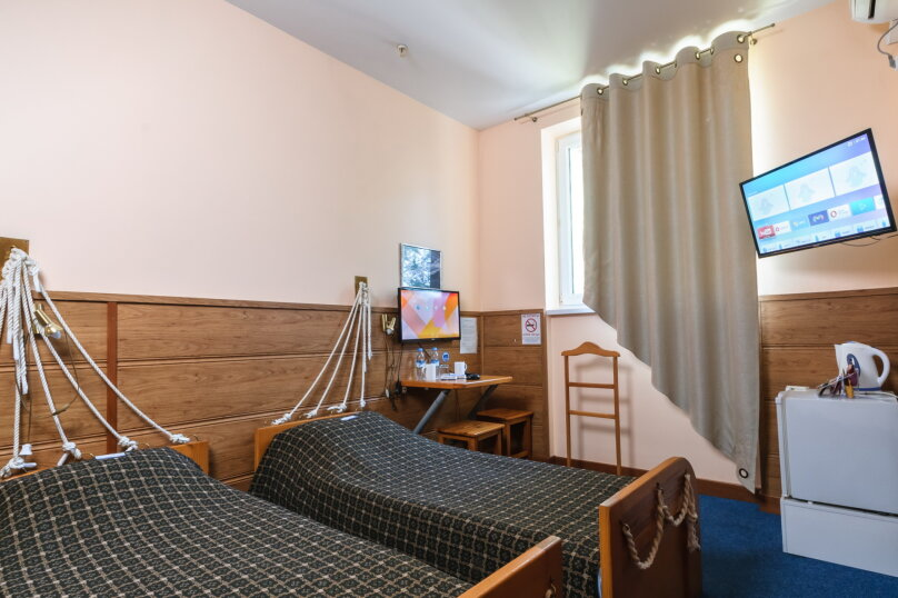 """Отель """"Аврора"""", улица Кожанова, 12 на 15 номеров - Фотография 6"""