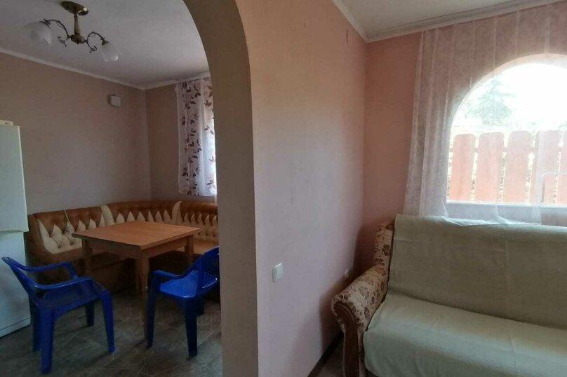 Домик-апартаменты с отдельным входом на 6-7 гостей, 75 кв.м. на 6 человек, 2 спальни, улица Ленина, 49Г, Морское - Фотография 12