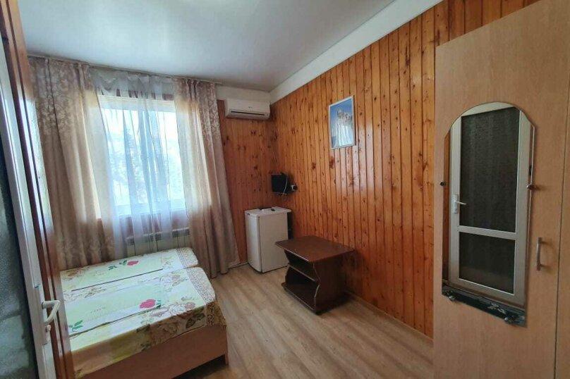 """Гостевой дом """"Азалия"""", Православная улица, 17А на 17 комнат - Фотография 24"""