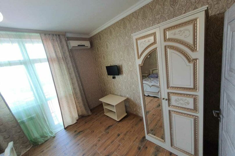"""Гостевой дом """"Азалия"""", Православная улица, 17А на 17 комнат - Фотография 34"""