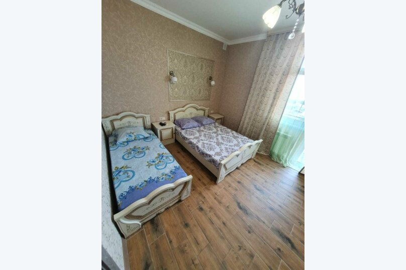 """Гостевой дом """"Азалия"""", Православная улица, 17А на 17 комнат - Фотография 35"""