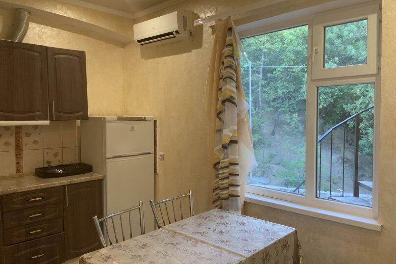 1-комн. квартира, 40 кв.м. на 4 человека, Лесная улица, 5А, Виноградное, Ялта - Фотография 2