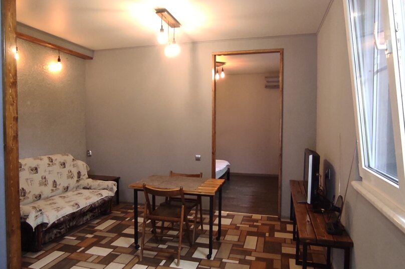 Дом, 40 кв.м. на 3 человека, 1 спальня, улица Лазарева, 13, Лазаревское - Фотография 2