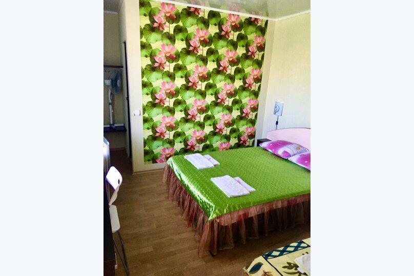 """Гостевой дом """"У Людмилы"""", Школьная улица, 3 на 15 комнат - Фотография 50"""