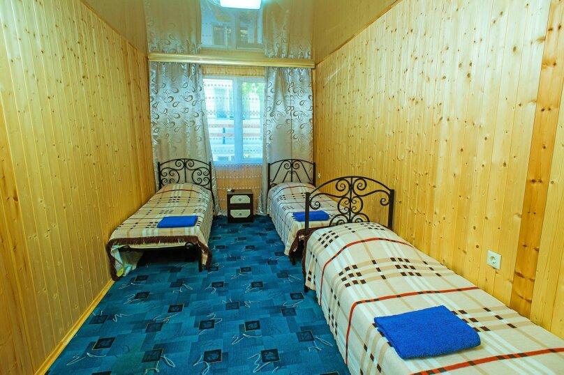 двух комнатный с кухней, улица Кофеваров, 9, район Ачиклар, Судак - Фотография 1