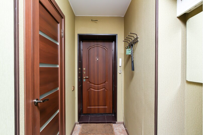 1-комн. квартира, 30 кв.м. на 4 человека, улица Романова, 23, Новосибирск - Фотография 8