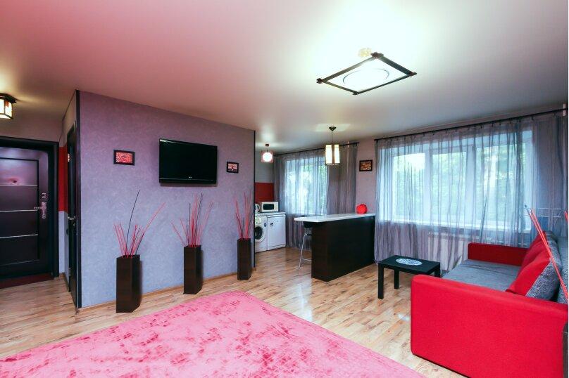 1-комн. квартира, 30 кв.м. на 4 человека, улица Мичурина, 37, Новосибирск - Фотография 1