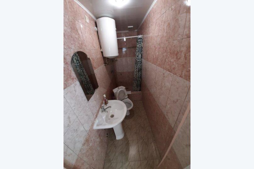 """Гостевой дом """"Аленушка"""", 1-й переулок Сосналиева, 1 на 20 комнат - Фотография 38"""