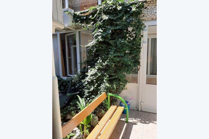 """Гостевой дом """"Аленушка"""", 1-й переулок Сосналиева, 1 на 20 комнат - Фотография 14"""
