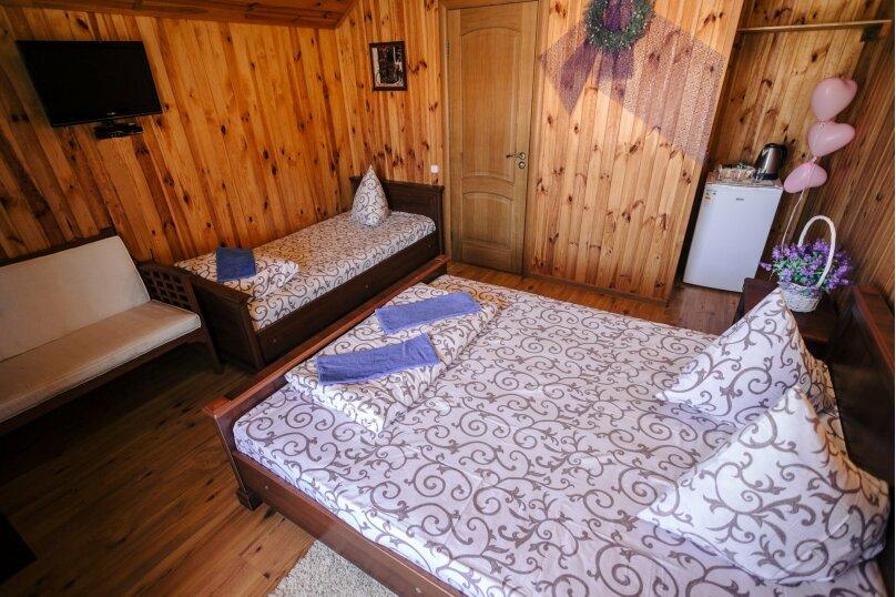 Деревянные домики-шале, На въезде в Соколиное, 1, Соколиное - Фотография 2