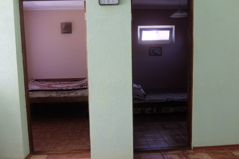 Дом в центре сдам посуточно., 51 кв.м. на 4 человека, 2 спальни, улица 8 Марта, 2, Евпатория - Фотография 18