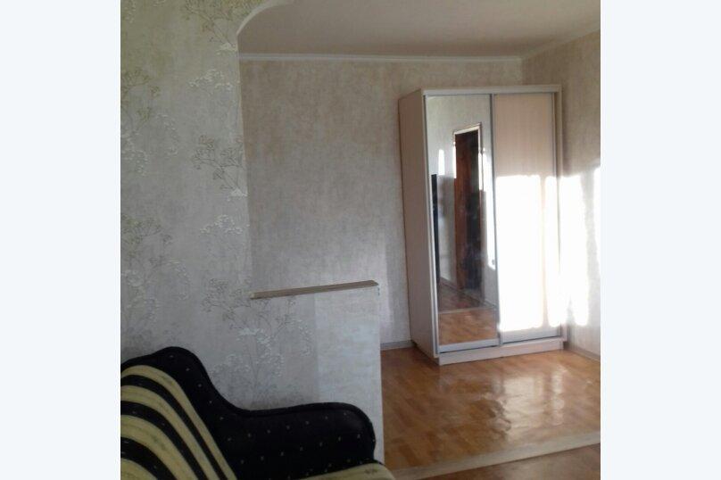 1-комн. квартира, 38 кв.м. на 4 человека, улица Александра Маринеско, 15, Севастополь - Фотография 1