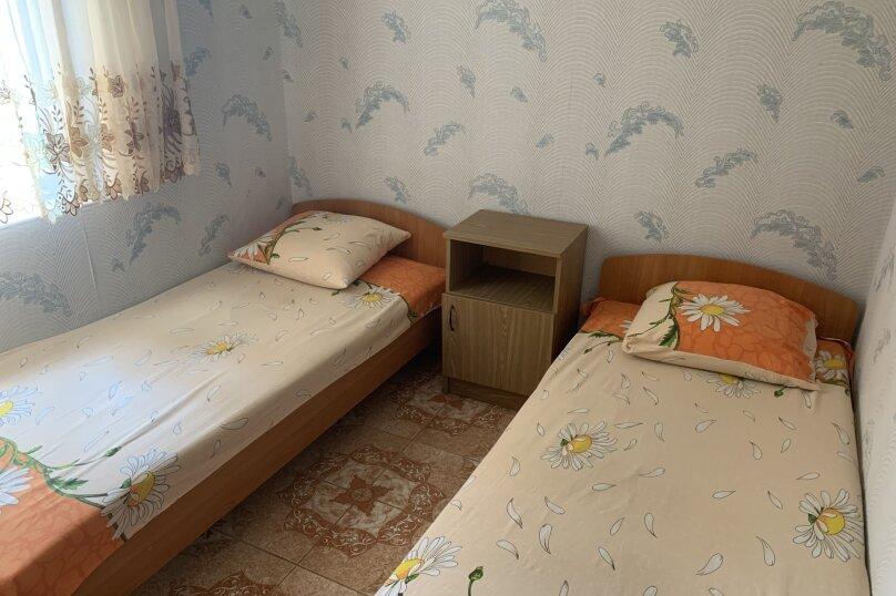 5- местный номер люкс (двухкомнатный) , Горького, 4, Морское - Фотография 9