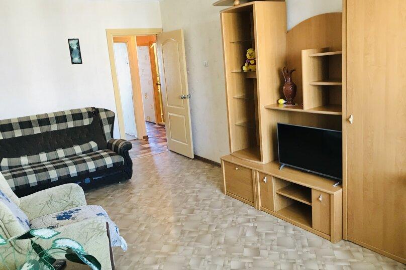 2-комн. квартира, 46 кв.м. на 5 человек, улица Свердлова, 86, Керчь - Фотография 11