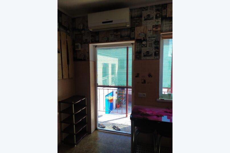 2-комн. квартира, 35 кв.м. на 4 человека, улица Дмитрия Ульянова, 54, Евпатория - Фотография 4