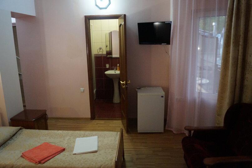 """Гостевой дом """"Виталина"""", улица Лазарева, 108 на 20 комнат - Фотография 4"""