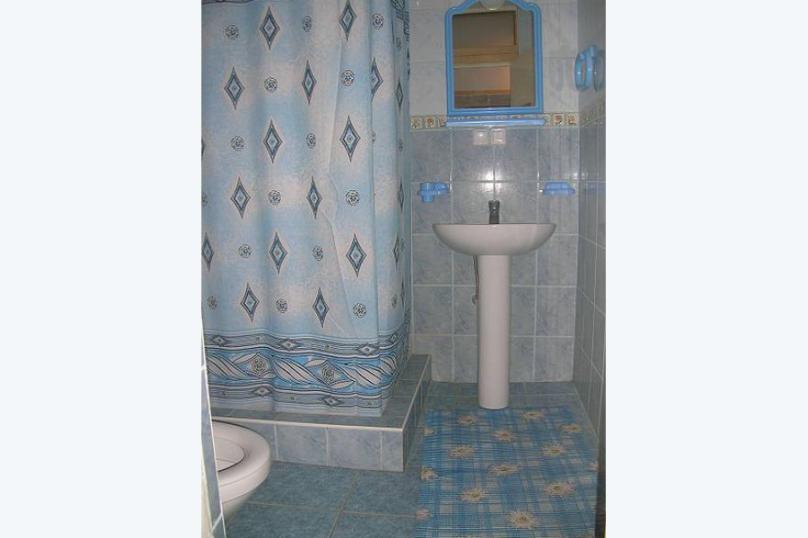 """Гостевой дом """"На Шулейкина 18Б"""", улица Шулейкина, 18 Б на 9 комнат - Фотография 59"""