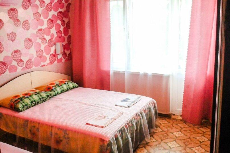 """Гостевой дом """"У Людмилы"""", Школьная улица, 3 на 15 комнат - Фотография 86"""