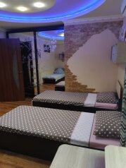 Дом, 80 кв.м. на 5 человек, 2 спальни, улица Ломоносова, 12, Судак - Фотография 1