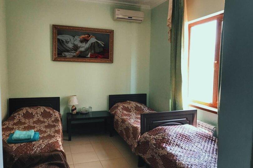 """Гостевой дом """"Альянс"""", улица Адмирала Проценко, 4 на 17 комнат - Фотография 17"""
