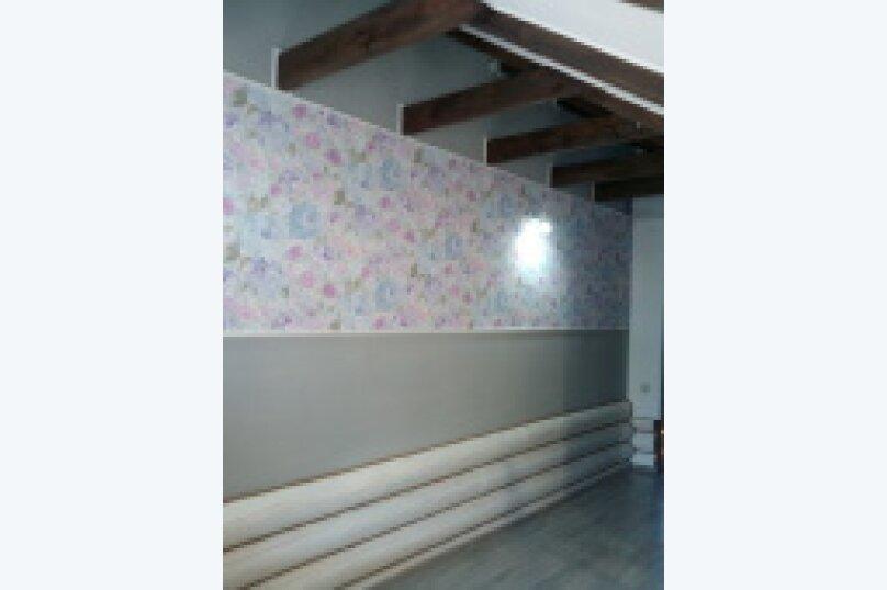 """3""""а""""  3й зтаж деревянного дома, улица Веры Белик, 6, Геленджик - Фотография 1"""