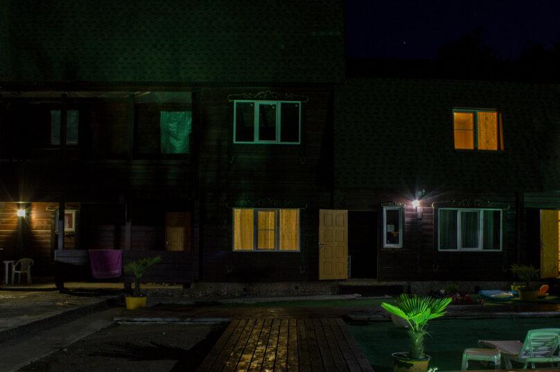 """Гостиница """"На Нижнехобзинской 15А"""", с. Нижняя Хобза, ул. Нижнехобзинская улица на 5 комнат - Фотография 11"""