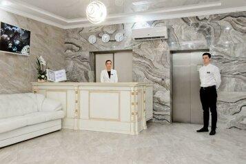 """Отель """"Grand Gallery"""", Навагинская улица, 3 на 35 номеров - Фотография 1"""