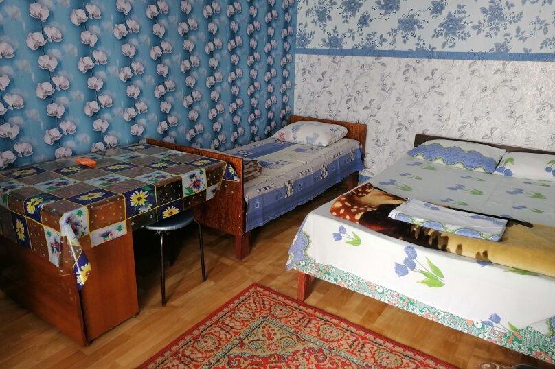 """Гостевой дом """"На Александрова 4"""", улица Александрова, 4 на 5 комнат - Фотография 37"""