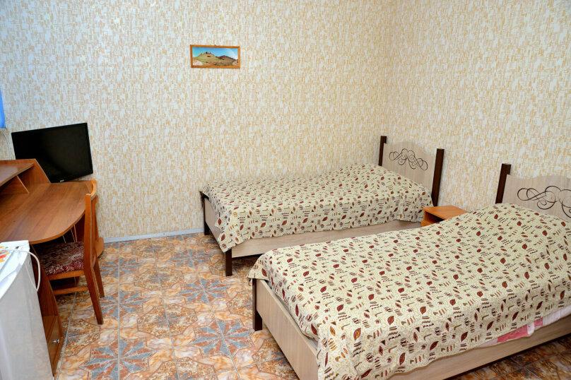 Двухместный, улица Маяковского, 53, Динамо, Феодосия - Фотография 2