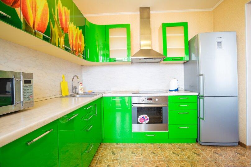 2-комн. квартира, 54 кв.м. на 4 человека, улица Молокова, 14, Красноярск - Фотография 3