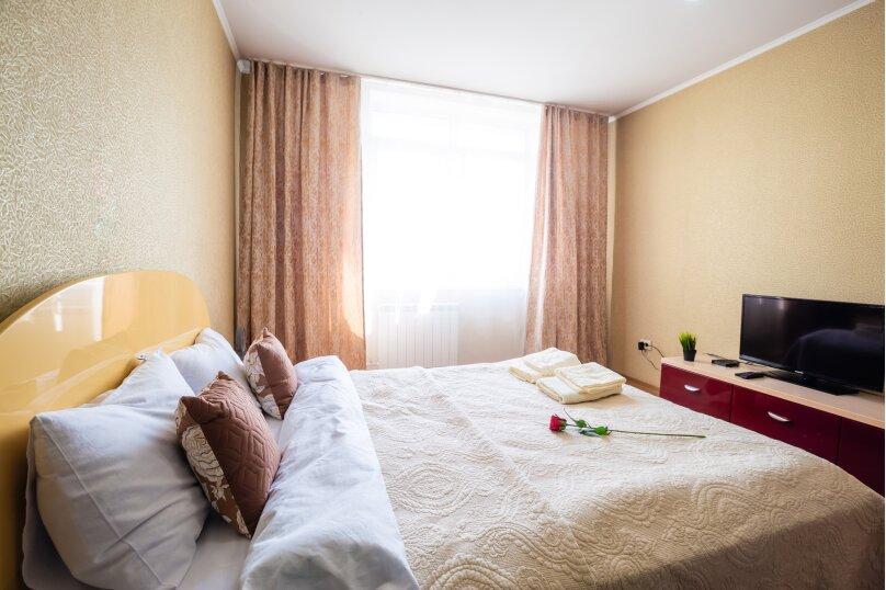 2-комн. квартира, 54 кв.м. на 4 человека, улица Молокова, 14, Красноярск - Фотография 7