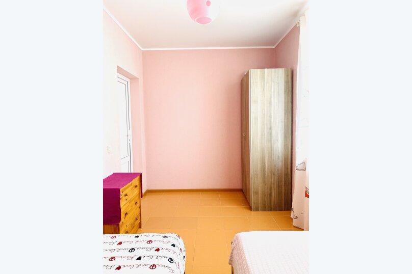 """Гостевой дом """"Ореховый рай"""", Спортивный переулок, 12 на 16 комнат - Фотография 28"""