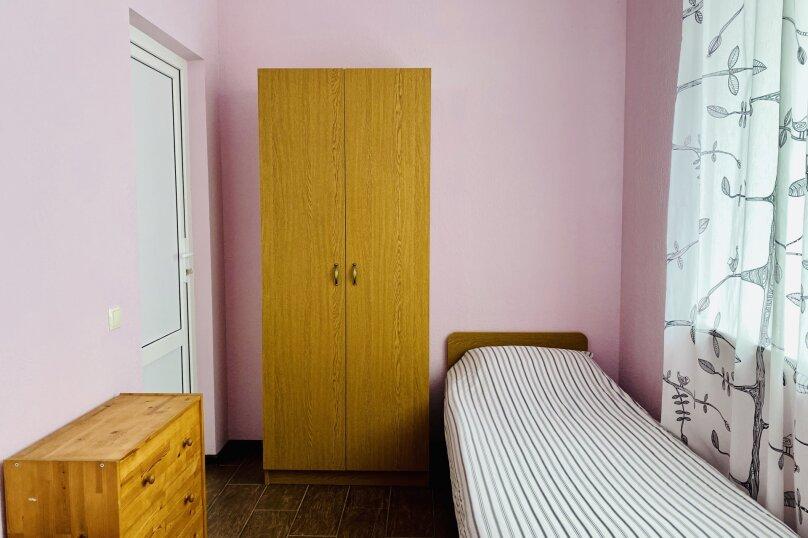 """Гостевой дом """"Ореховый рай"""", Спортивный переулок, 12 на 16 комнат - Фотография 25"""