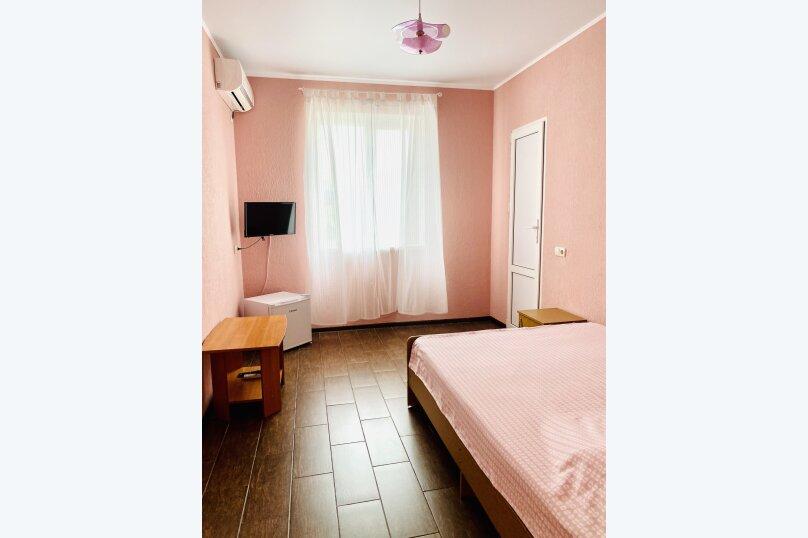 2-х комнатный номер на 1-ом этаже, Спортивный переулок, 12, Кучугуры - Фотография 1
