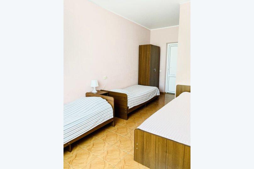 """Гостевой дом """"Ореховый рай"""", Спортивный переулок, 12 на 16 комнат - Фотография 44"""