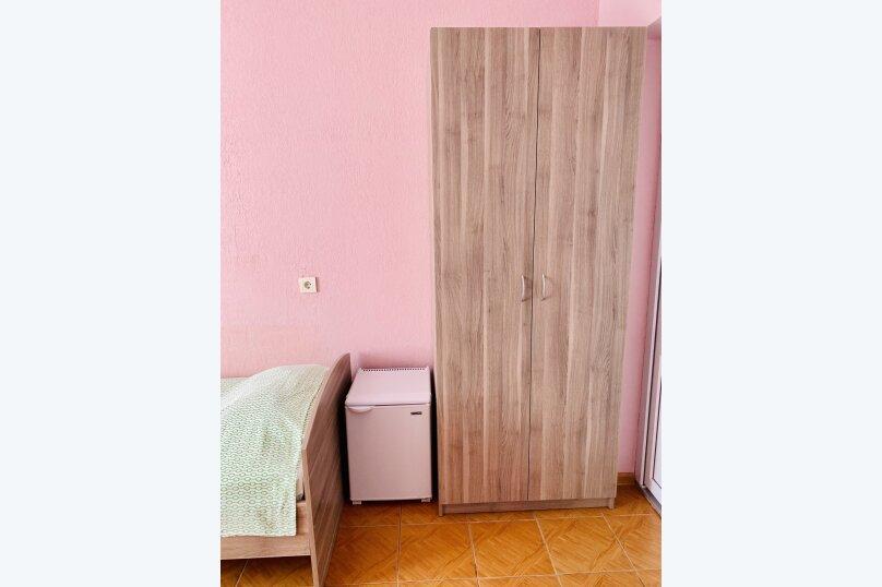 """Гостевой дом """"Ореховый рай"""", Спортивный переулок, 12 на 16 комнат - Фотография 45"""