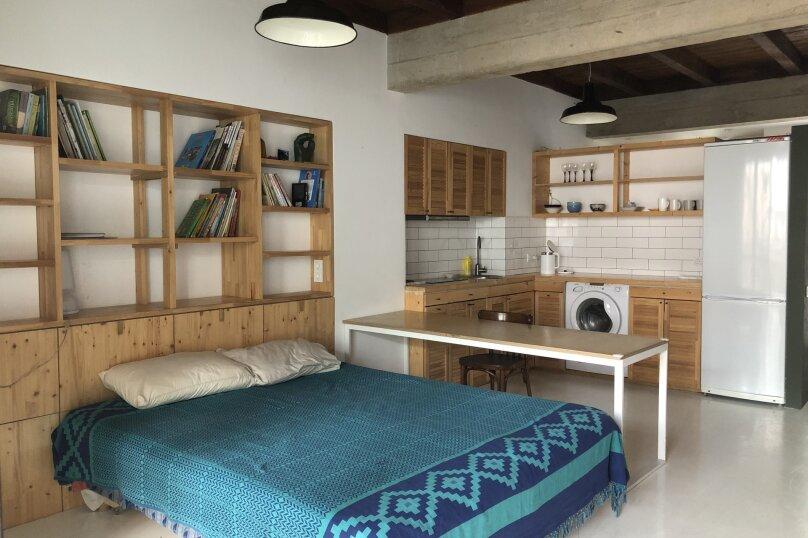 Новый дом, 2й этаж, 1-ком студии с террасой, 50 кв.м. на 4 человека, 1 спальня, улица Водовозовых, 18, Ялта - Фотография 7