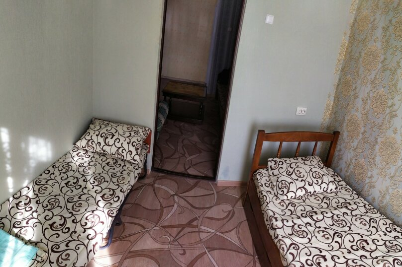3-комн. квартира, 45 кв.м. на 7 человек, улица Лазарева, 80, Лазаревское - Фотография 2