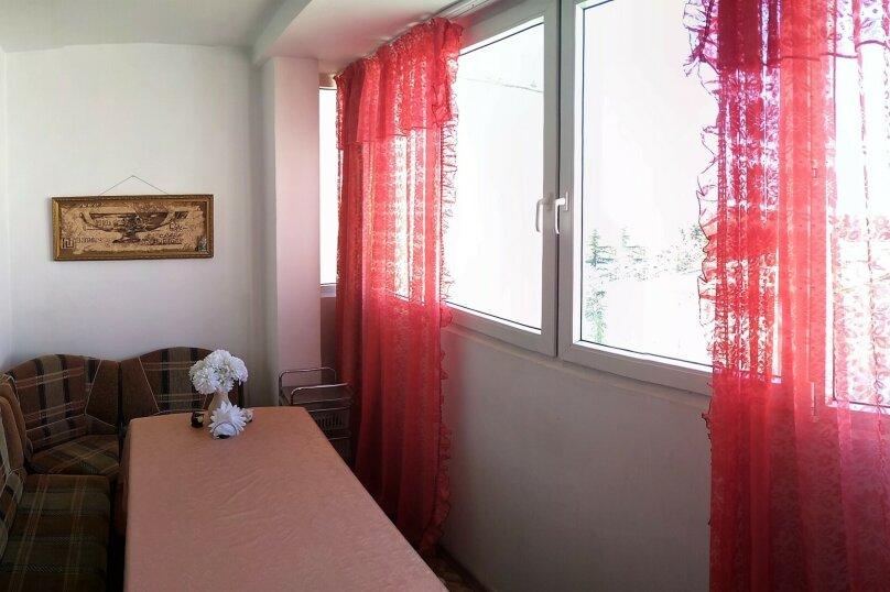 3-комн. квартира, 72 кв.м. на 7 человек, улица Победы, 111, Лазаревское - Фотография 13