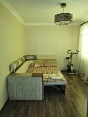 2-комн. квартира, 40 кв.м. на 4 человека, улица Курчатова, 12, Виноградное, Ялта - Фотография 1
