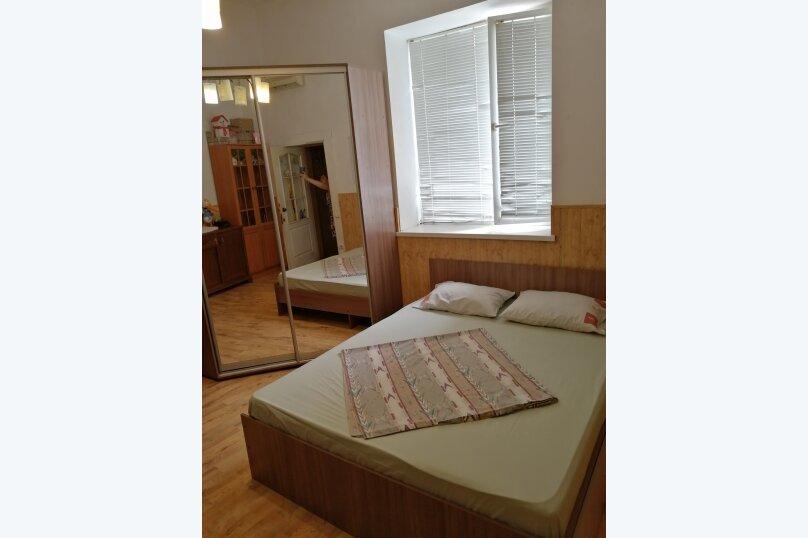 Уютный однокомнатный дом с двориком, 45 кв.м. на 4 человека, 1 спальня, Комсомольская улица, 13, Евпатория - Фотография 11